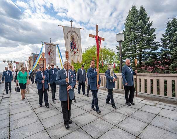 Easter Triduum at the Shrine